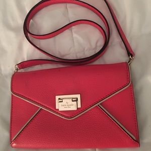 Kate Spade ♠️ Crossbody Hot Pink purse
